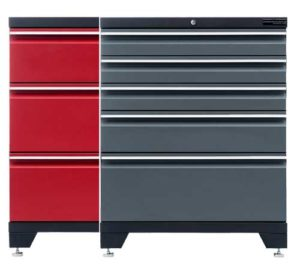 Garageinredning färger röd och grå